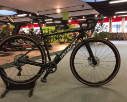 SPECIALIZED DIVERGE EXPERT CARBON (54)